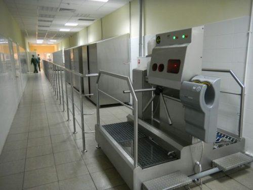 Hygieneschleuse in Lebensmittelbetrieb. Hygieneschleuse für Fleisch oder Backwaren Betrieb